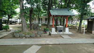 入谷氷川神社