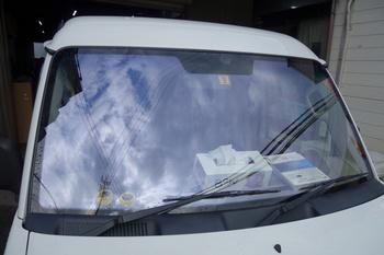 今日は当社の社用車のエヴリィに、コートテクトを装着した話です。