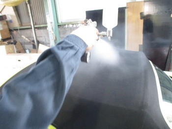 今日はテールレンズのスモーク化に、新製品の熱線反射フロントガラス、COATTECTの紹介です。
