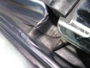 今日は板金修理後のボディ研磨コートに水漏れの修理、N-BOXのLED化等の話です。