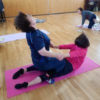 健康体操に参加する