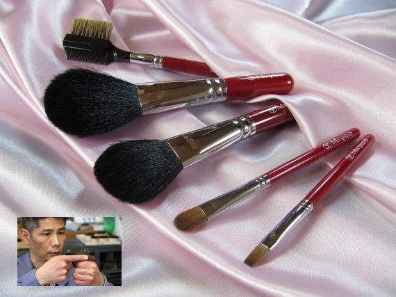 話題の熊野化粧筆の職人の技