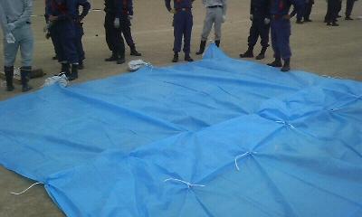 熊野町消防分団 水防技術習得訓練 シート張り工法