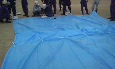 水防技術習得訓練 シート張り工法
