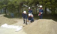 2015 熊野町消防団水防技術習得訓練実施-2 土嚢の作成・積み土嚢工法
