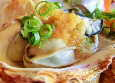 ポッと温まる一品!牡蠣の卵とじ