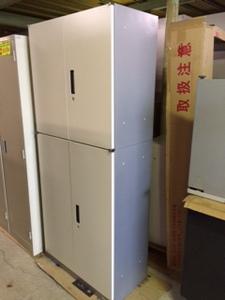 W800の両開き書庫が入荷しました