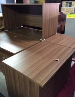 木製机が入荷しました