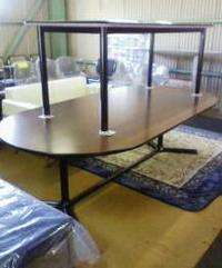 大型の会議テーブルが入荷しました!
