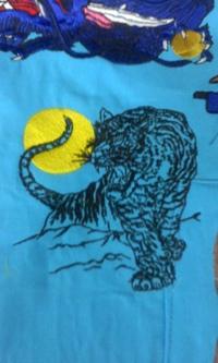 オリジナル刺しゅう『月に虎』を、リニューアル。