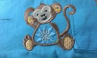 新作、オリジナル刺しゅう『デザイン猿』。