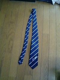 ネクタイにネーム刺繍が、即日出来ます。