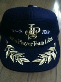F1チーム『ジョン・プレーヤー・チーム・ロータス』の帽子