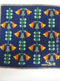 プレゼント刺繍女性用のハンカチに、ネーム刺繍