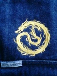 ベストに、龍の刺繍をご注文されたお客様へ。