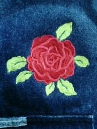 ベストに、バラの刺繍をご注文されたお客様へ。