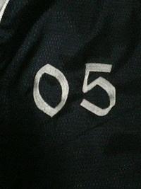 スポーツウェアに刺繍を入れる注文