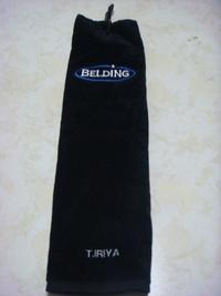 持ち込み頂いたタオルに英字刺繍を入れる注文がありました。